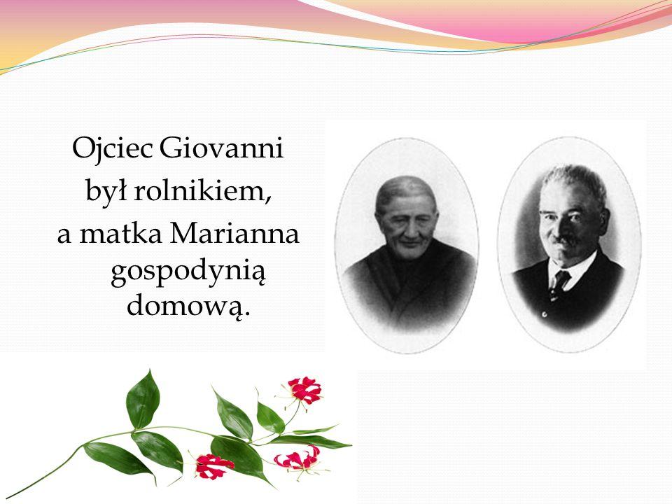 Ojciec Giovanni był rolnikiem, a matka Marianna gospodynią domową.
