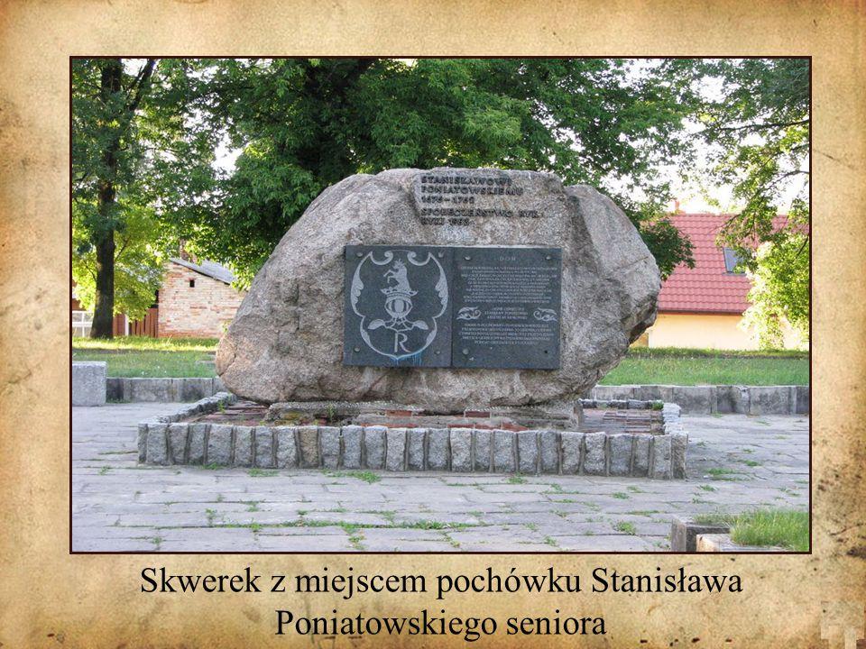 Skwerek z miejscem pochówku Stanisława Poniatowskiego seniora