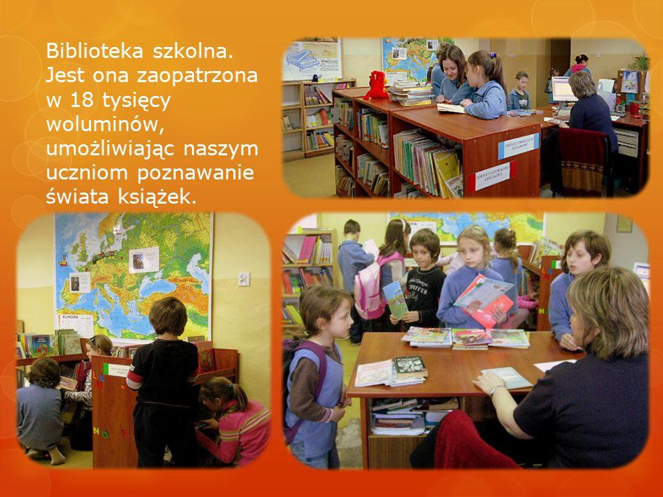 Biblioteka szkolna.