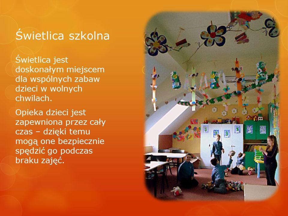 Świetlica szkolna Świetlica jest doskonałym miejscem dla wspólnych zabaw dzieci w wolnych chwilach.