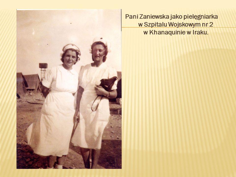 Pani Zaniewska jako pielęgniarka w Szpitalu Wojskowym nr 2 w Khanaquinie w Iraku.