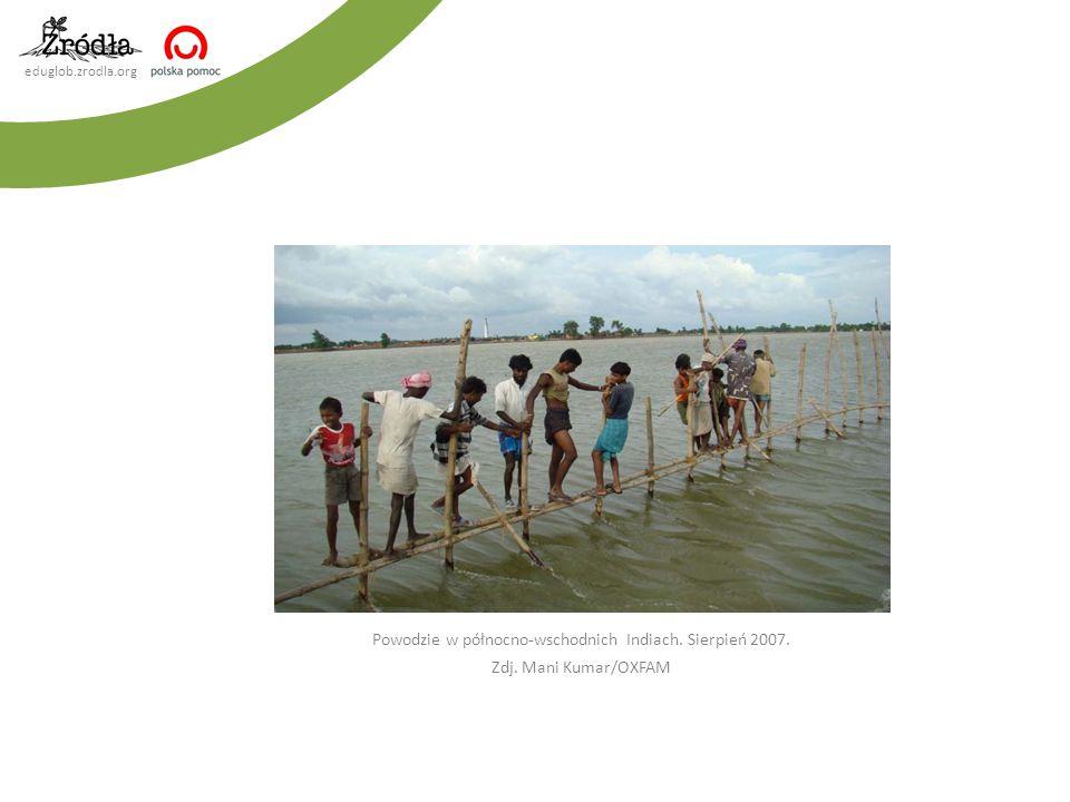 Powodzie w północno-wschodnich Indiach. Sierpień 2007.