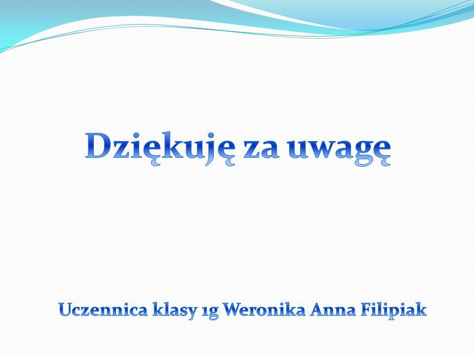 Uczennica klasy 1g Weronika Anna Filipiak