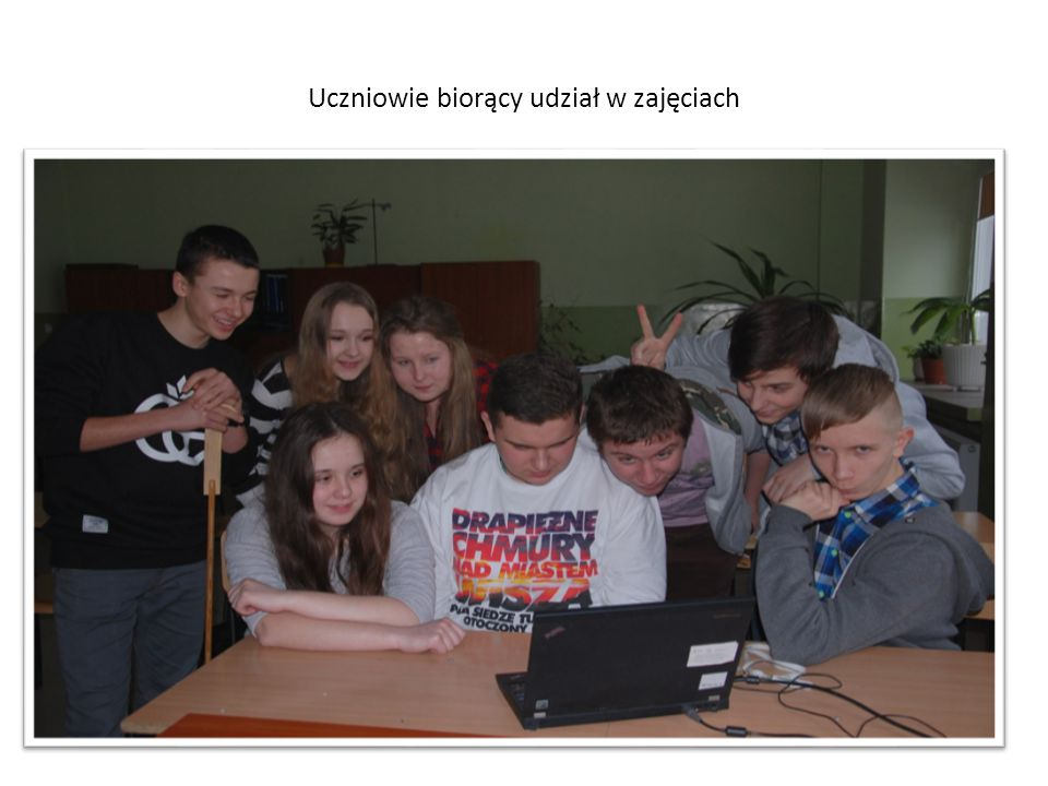 Uczniowie biorący udział w zajęciach