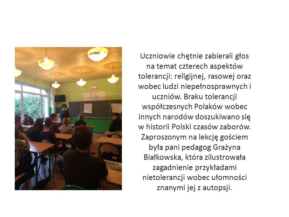 Uczniowie chętnie zabierali głos na temat czterech aspektów tolerancji: religijnej, rasowej oraz wobec ludzi niepełnosprawnych i uczniów.