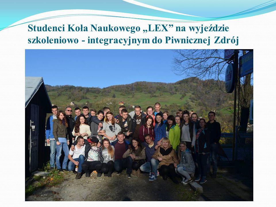 """Studenci Koła Naukowego """"LEX na wyjeździe szkoleniowo - integracyjnym do Piwnicznej Zdrój"""