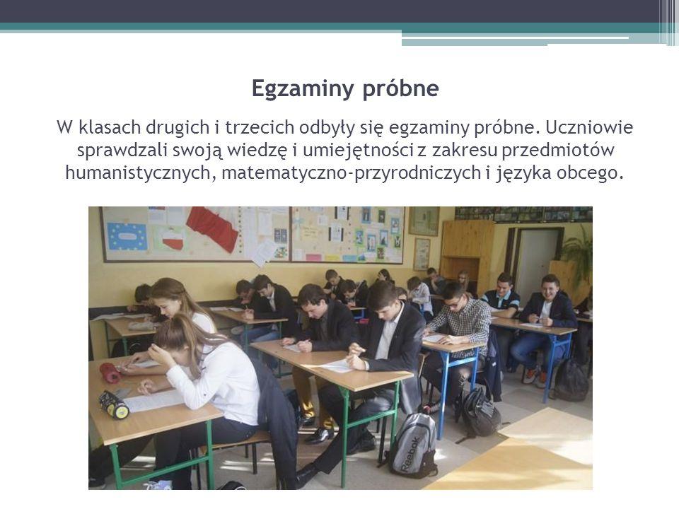 Egzaminy próbne W klasach drugich i trzecich odbyły się egzaminy próbne.