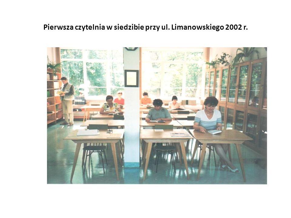 Pierwsza czytelnia w siedzibie przy ul. Limanowskiego 2002 r.