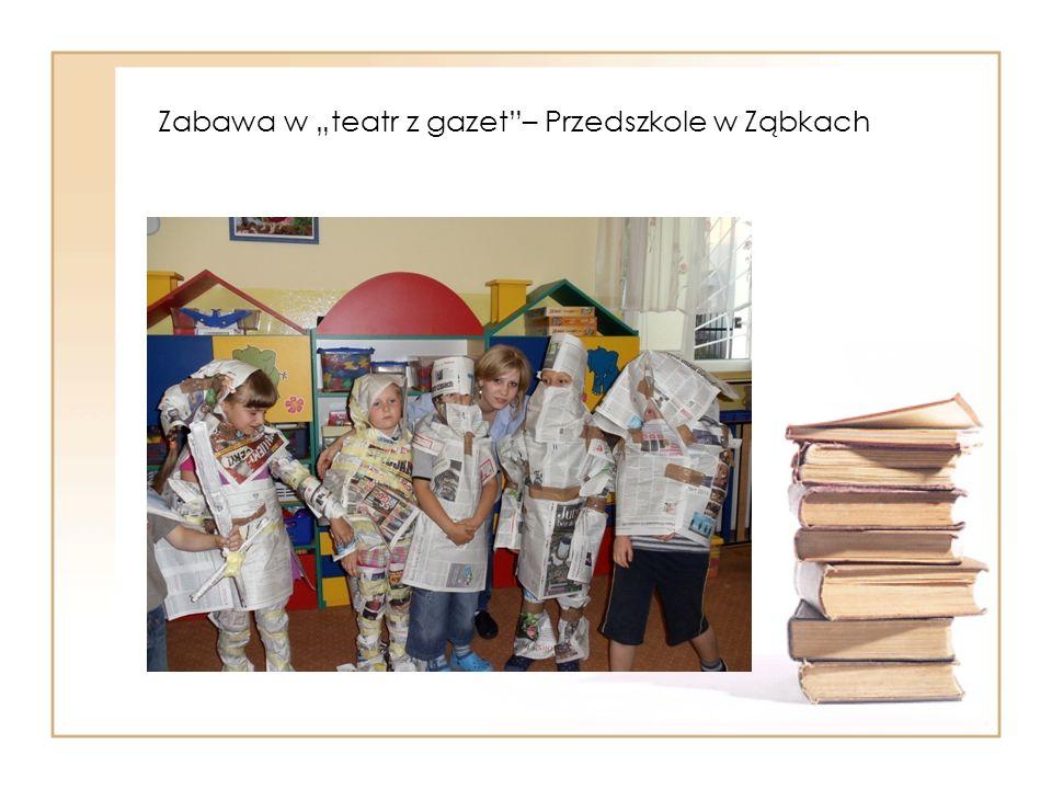 """Zabawa w """"teatr z gazet – Przedszkole w Ząbkach"""
