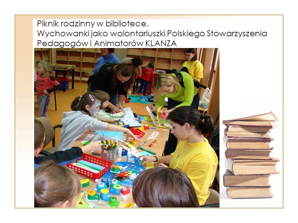 Piknik rodzinny w bibliotece