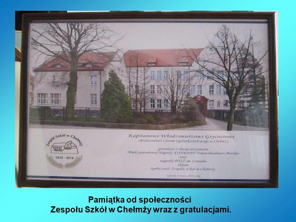 Pamiątka od społeczności Zespołu Szkół w Chełmży wraz z gratulacjami.