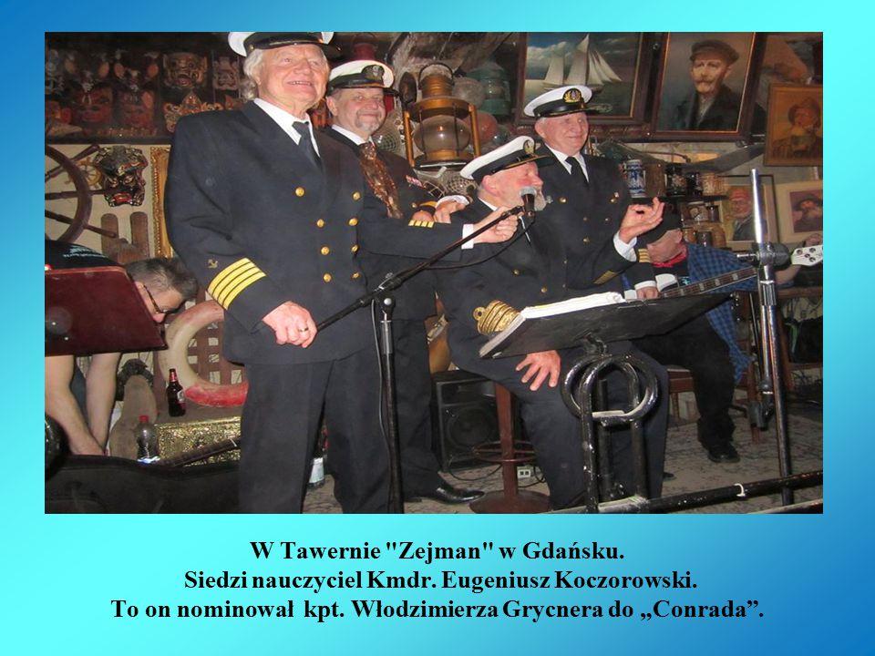 W Tawernie Zejman w Gdańsku. Siedzi nasz nauczyciel Kmdr