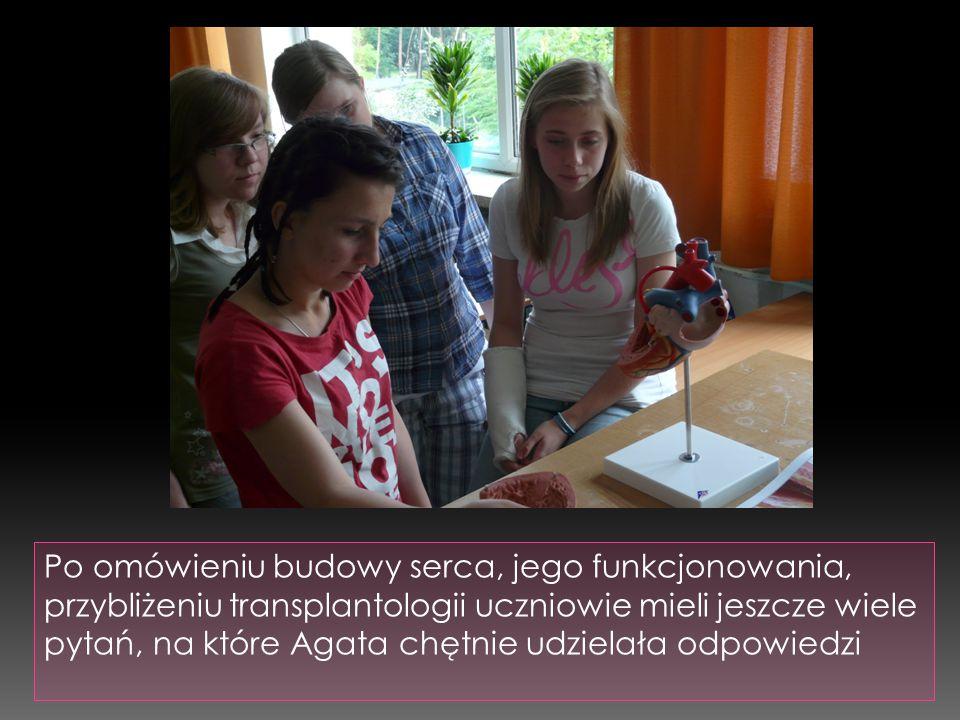 Po omówieniu budowy serca, jego funkcjonowania, przybliżeniu transplantologii uczniowie mieli jeszcze wiele pytań, na które Agata chętnie udzielała odpowiedzi