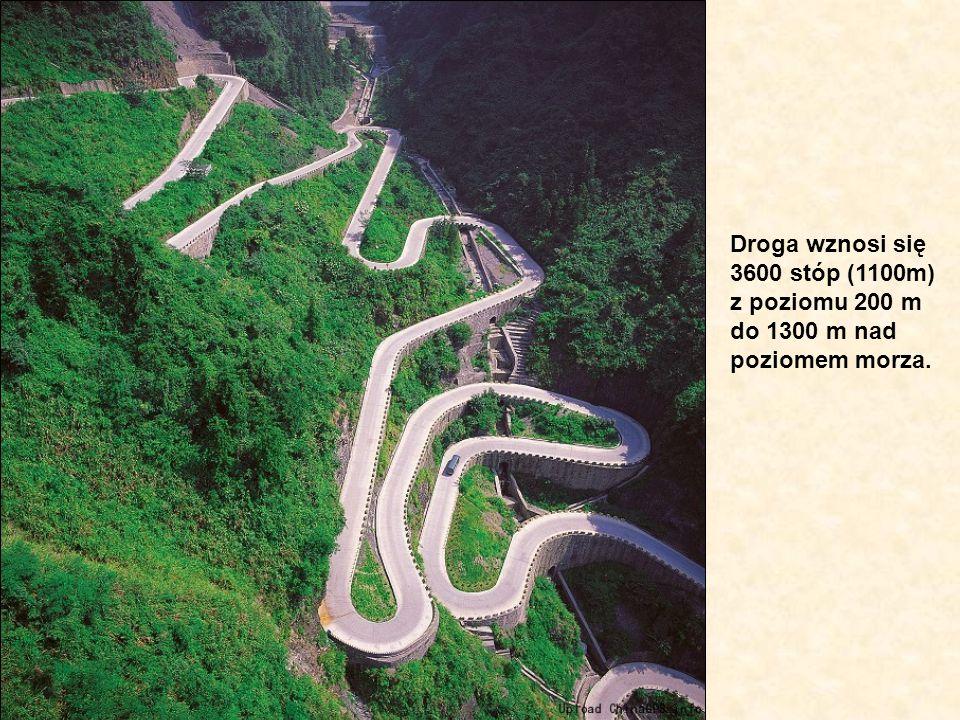 Droga wznosi się 3600 stóp (1100m) z poziomu 200 m do 1300 m nad poziomem morza.