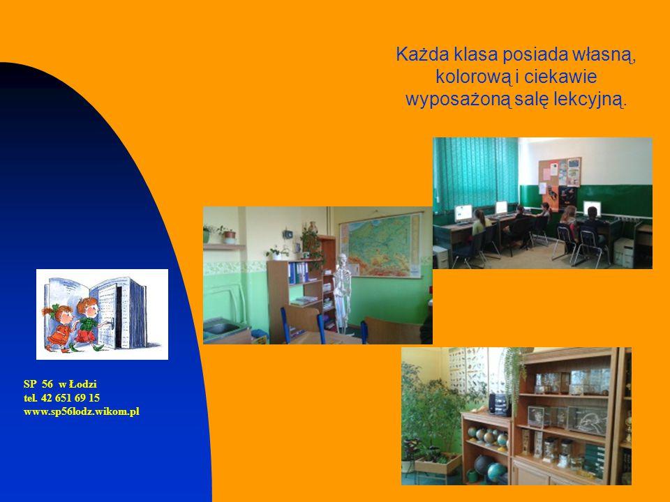 Każda klasa posiada własną, kolorową i ciekawie wyposażoną salę lekcyjną.