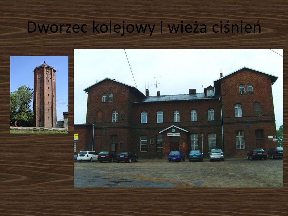 Dworzec kolejowy i wieża ciśnień