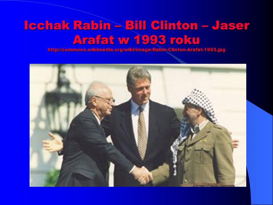 Icchak Rabin – Bill Clinton – Jaser Arafat w 1993 roku http://commons