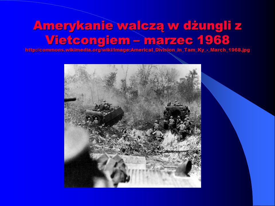 Amerykanie walczą w dżungli z Vietcongiem – marzec 1968 http://commons