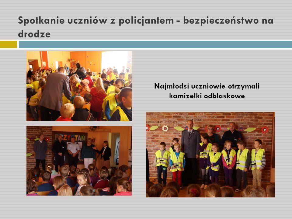 Spotkanie uczniów z policjantem - bezpieczeństwo na drodze
