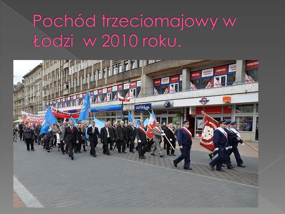 Pochód trzeciomajowy w Łodzi w 2010 roku.