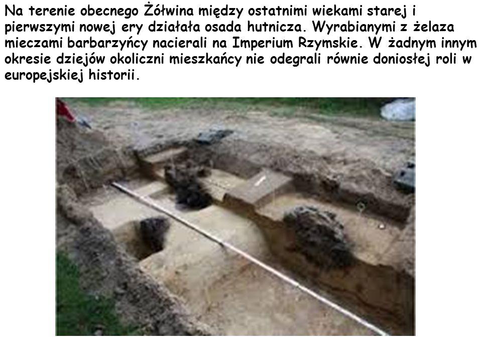Na terenie obecnego Żółwina między ostatnimi wiekami starej i pierwszymi nowej ery działała osada hutnicza.