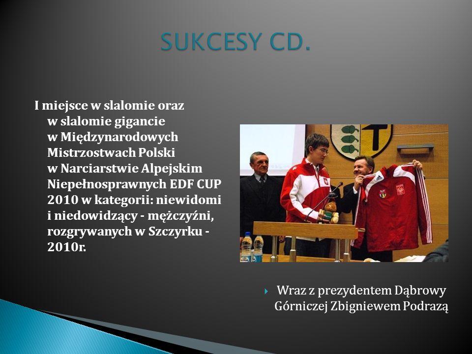 Wraz z prezydentem Dąbrowy Górniczej Zbigniewem Podrazą