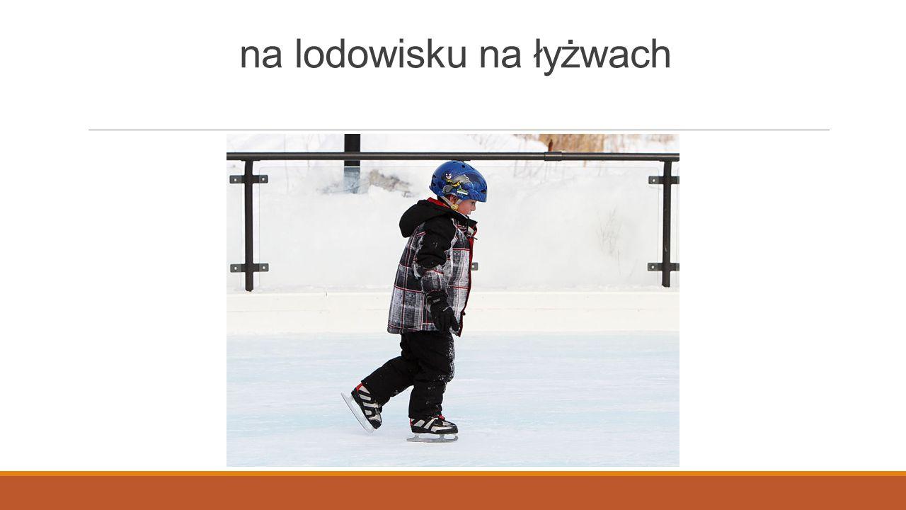 na lodowisku na łyżwach