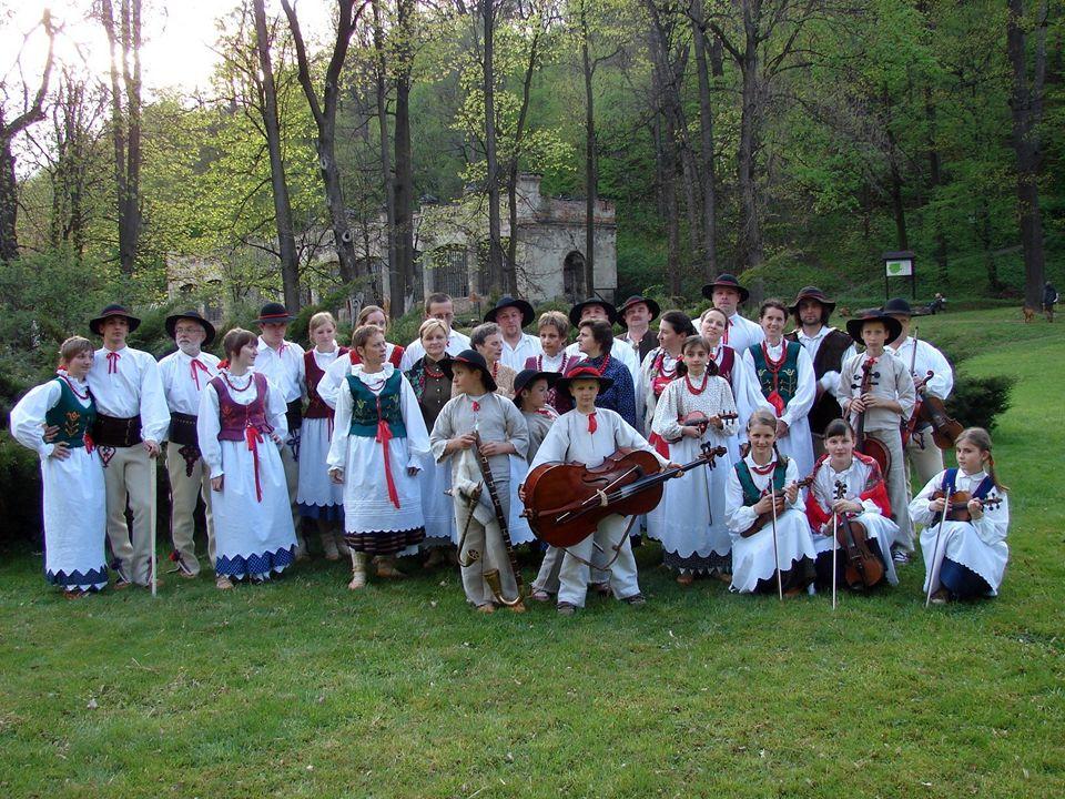 Od wielu lat w naszym mieście doskonale rozwija się folklor