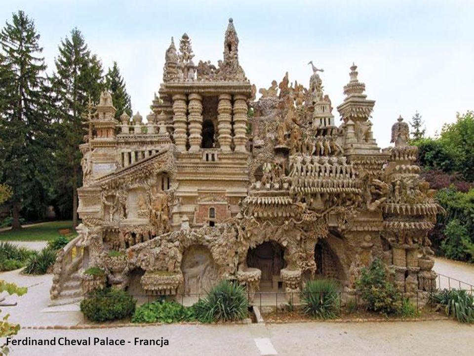 Ferdinand Cheval Palace - Francja