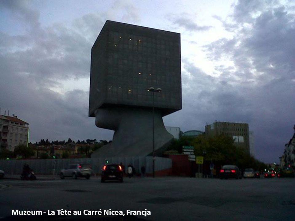 Muzeum - La Tête au Carré Nicea, Francja