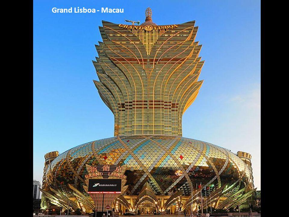 Grand Lisboa - Macau מלון גראנד ליסבון - האי מקאו ליד סין