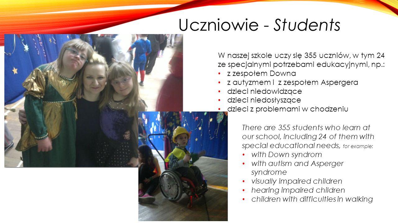 Uczniowie - Students W naszej szkole uczy się 355 uczniów, w tym 24 ze specjalnymi potrzebami edukacyjnymi, np.: