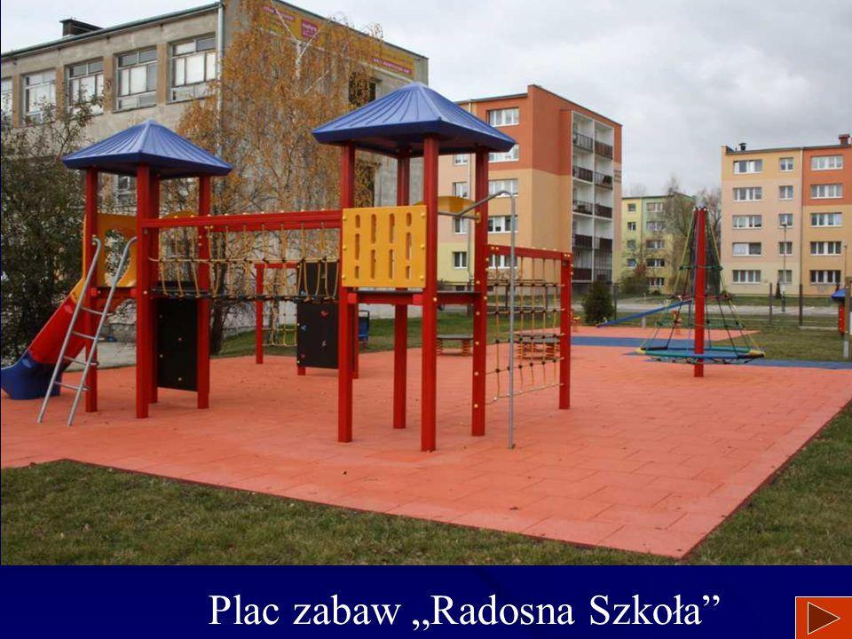 """Plac zabaw """"Radosna Szkoła"""