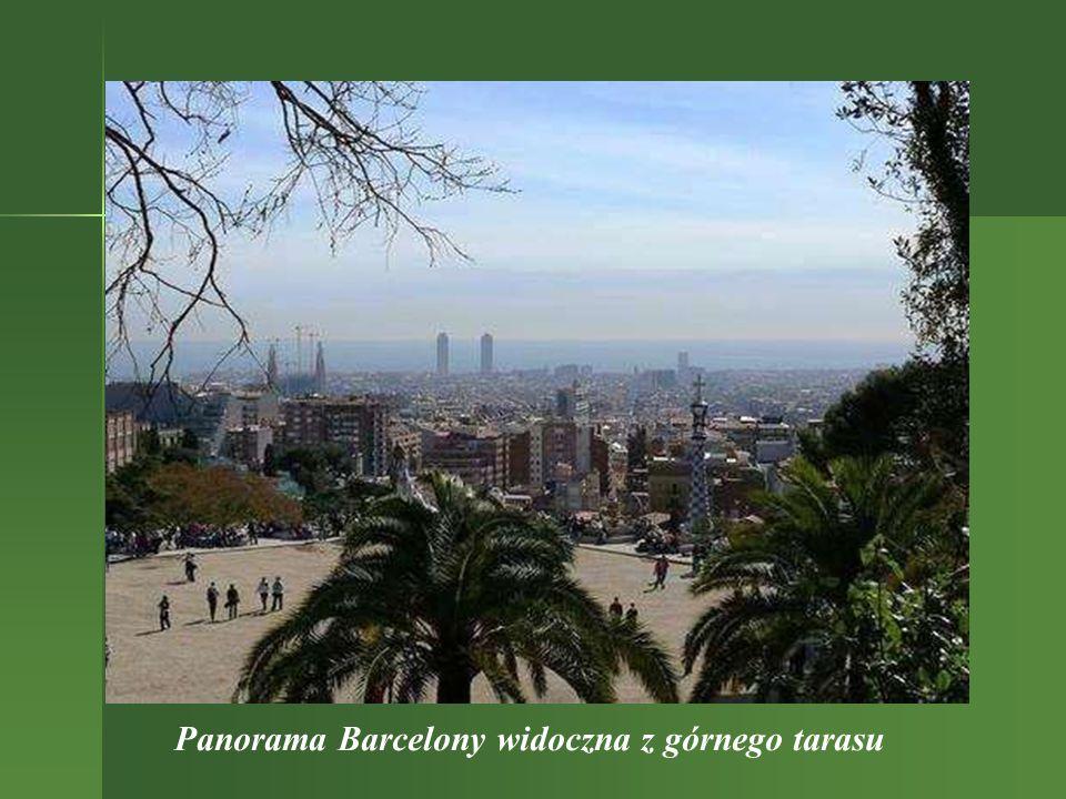Panorama Barcelony widoczna z górnego tarasu