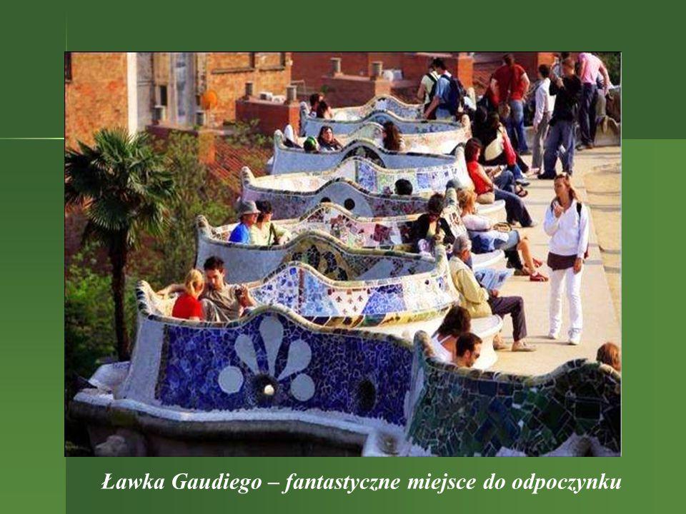 Ławka Gaudiego – fantastyczne miejsce do odpoczynku