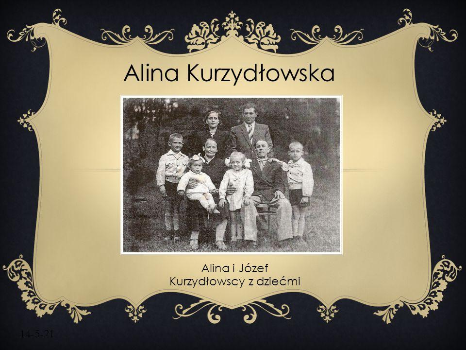 Alina i Józef Kurzydłowscy z dziećmi