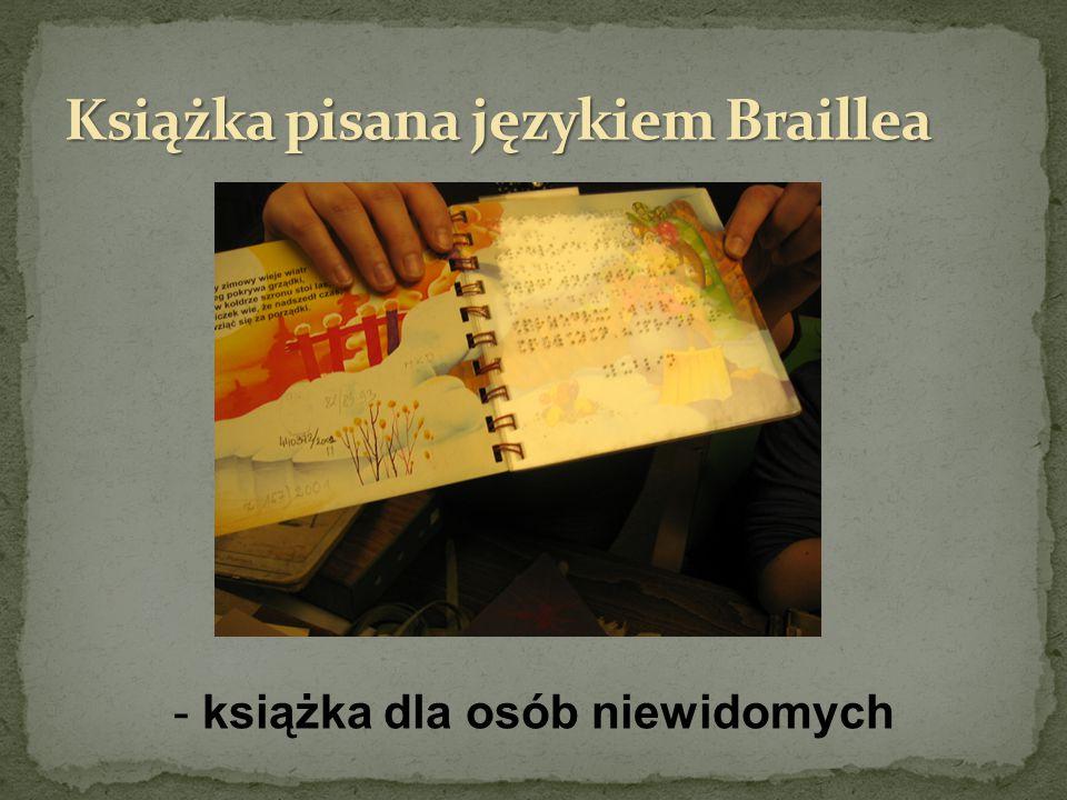 Książka pisana językiem Braillea