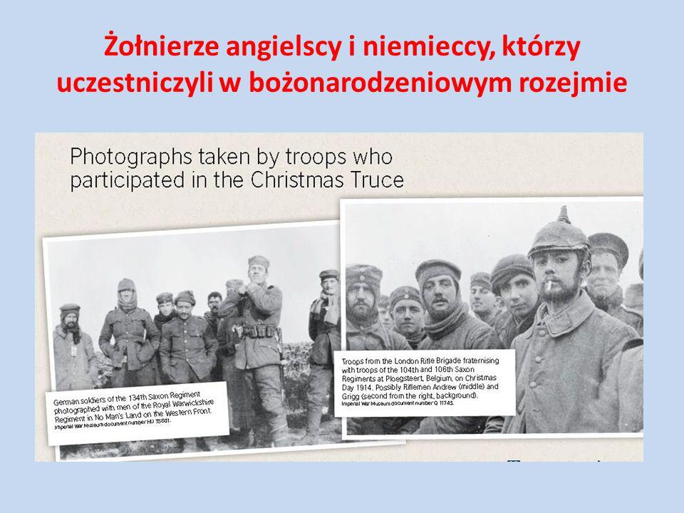 Żołnierze angielscy i niemieccy, którzy uczestniczyli w bożonarodzeniowym rozejmie