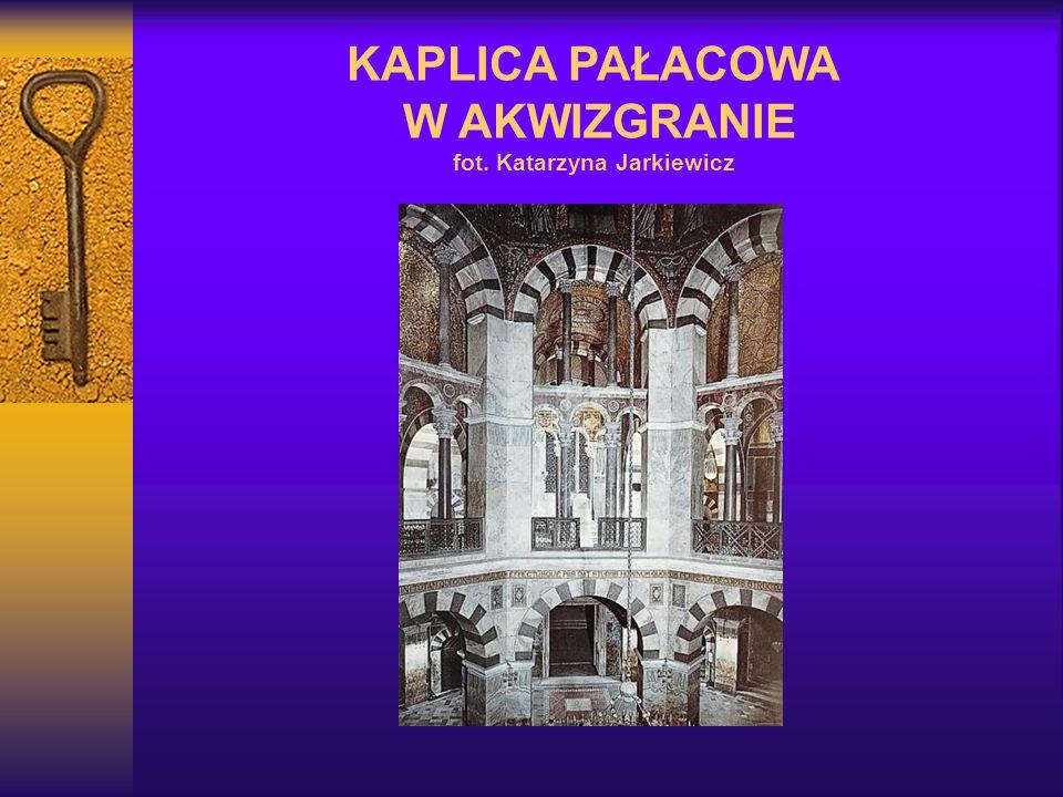 KAPLICA PAŁACOWA W AKWIZGRANIE fot. Katarzyna Jarkiewicz
