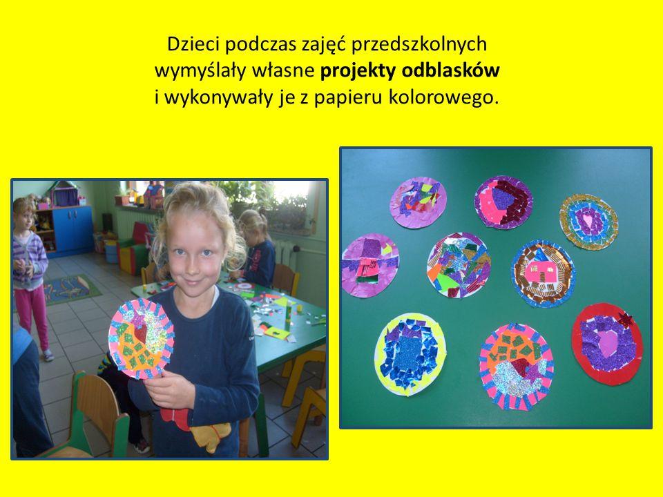 Dzieci podczas zajęć przedszkolnych wymyślały własne projekty odblasków i wykonywały je z papieru kolorowego.