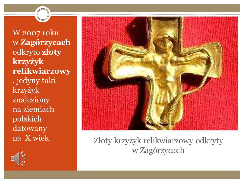 Złoty krzyżyk relikwiarzowy odkryty w Zagórzycach