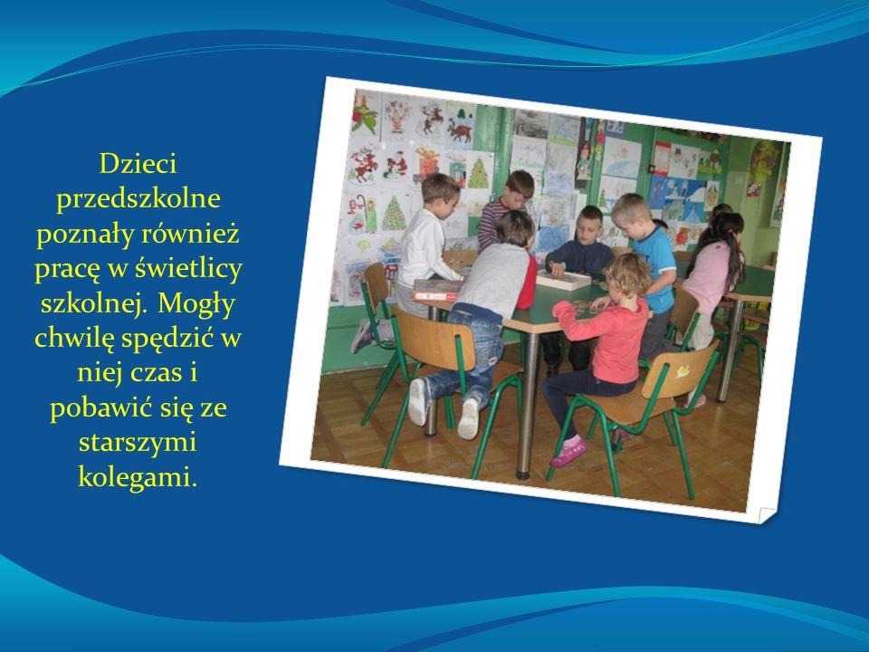 Dzieci przedszkolne poznały również pracę w świetlicy szkolnej