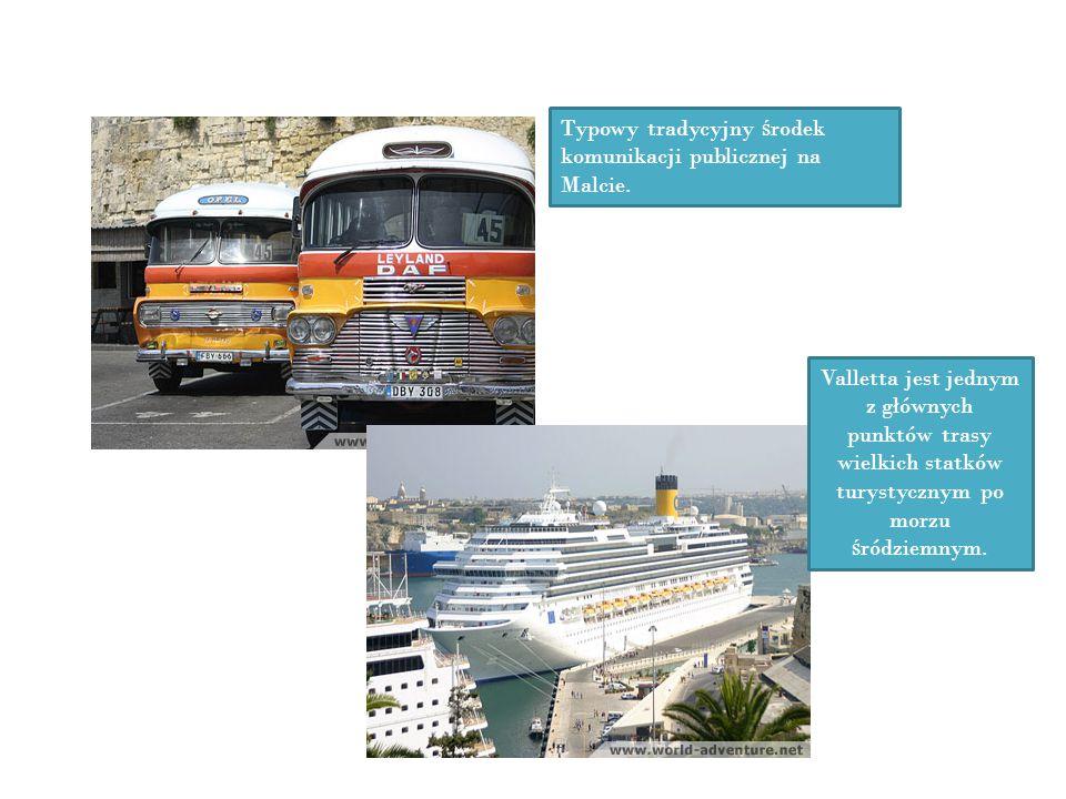 Typowy tradycyjny środek komunikacji publicznej na Malcie.