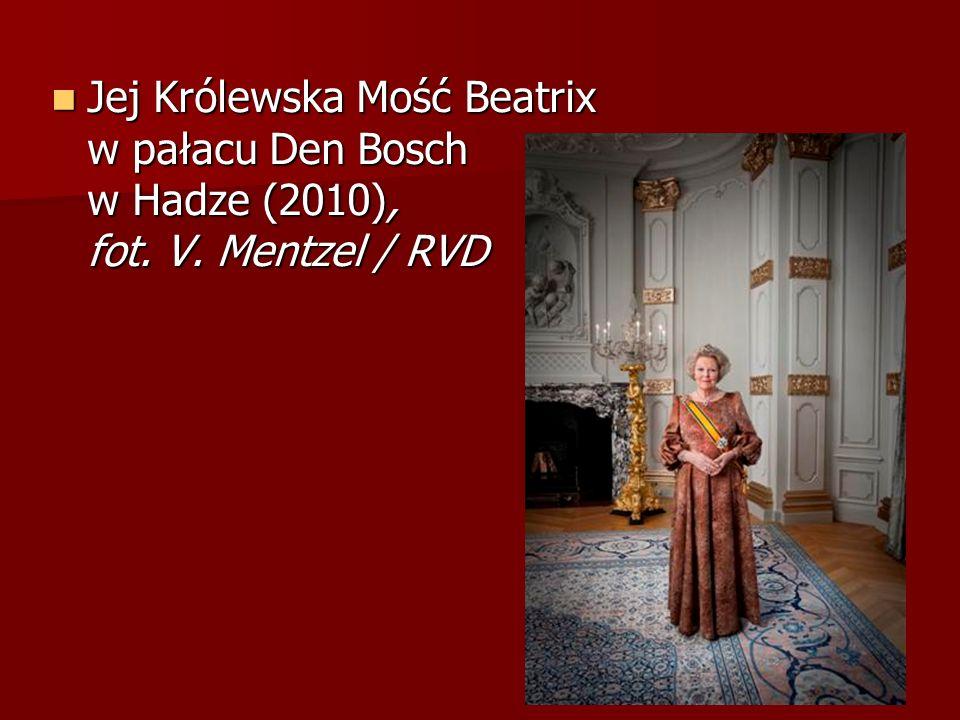 Jej Królewska Mość Beatrix w pałacu Den Bosch w Hadze (2010), fot. V