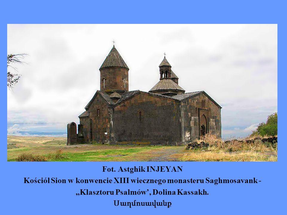 Kościół Sion w konwencie XIII wiecznego monasteru Saghmosavank -
