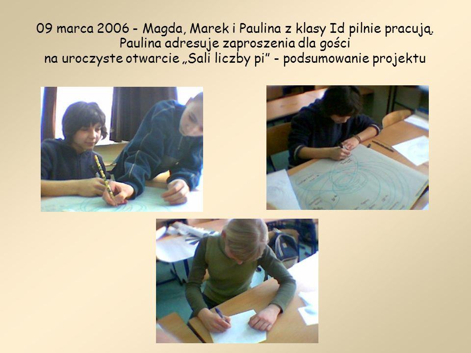 09 marca 2006 - Magda, Marek i Paulina z klasy Id pilnie pracują