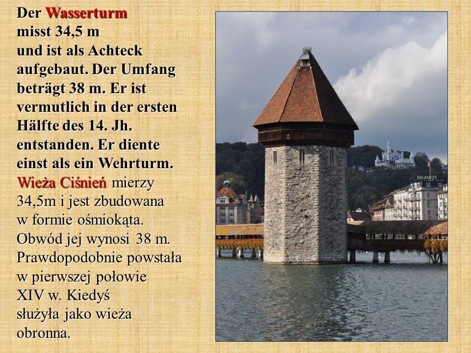 Der Wasserturm misst 34,5 m und ist als Achteck aufgebaut