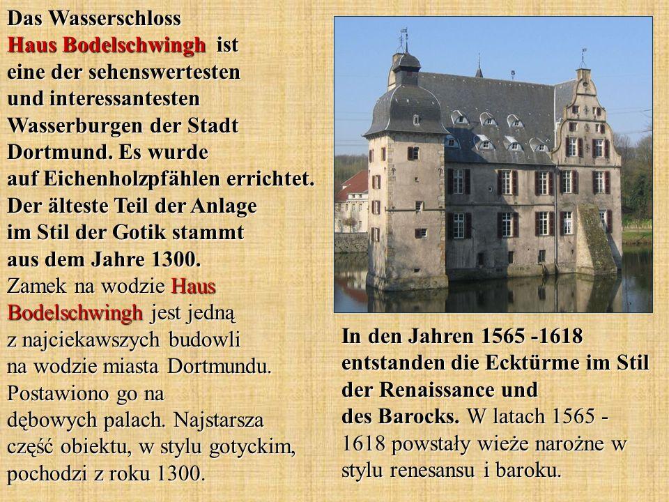 Das Wasserschloss Haus Bodelschwingh ist eine der sehenswertesten und interessantesten Wasserburgen der Stadt Dortmund. Es wurde auf Eichenholzpfählen errichtet. Der älteste Teil der Anlage im Stil der Gotik stammt aus dem Jahre 1300. Zamek na wodzie Haus Bodelschwingh jest jedną z najciekawszych budowli na wodzie miasta Dortmundu. Postawiono go na dębowych palach. Najstarsza część obiektu, w stylu gotyckim, pochodzi z roku 1300.