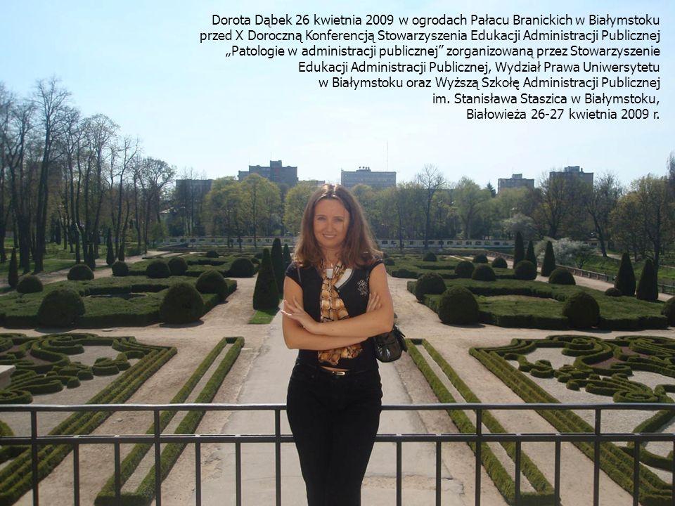 Dorota Dąbek 26 kwietnia 2009 w ogrodach Pałacu Branickich w Białymstoku