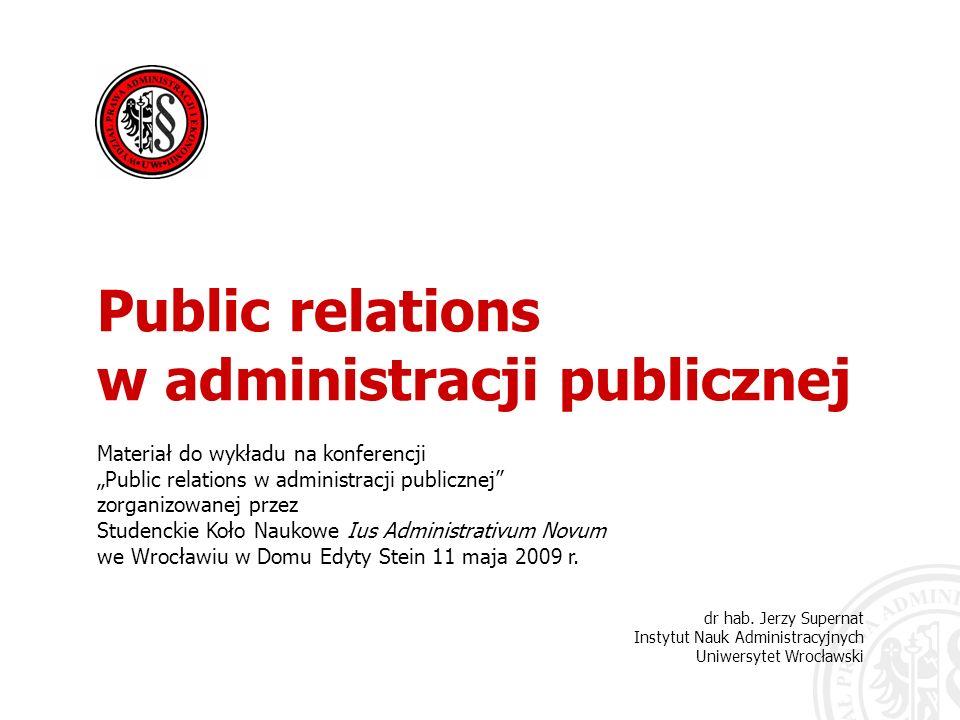w administracji publicznej